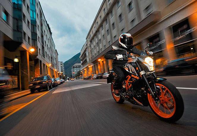 Moto Kymco KYM 390 DUKE