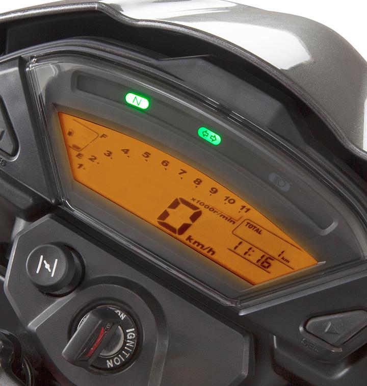 especificaciones-nueva-honda-invicta-150-cc-tablero