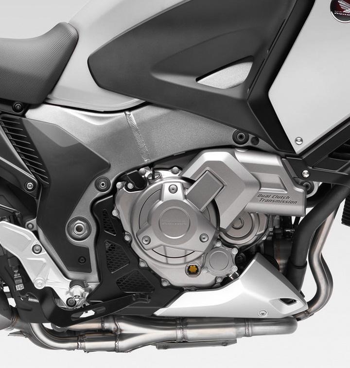 moto-honda-vfr-1200--Maxima-Versatilidad