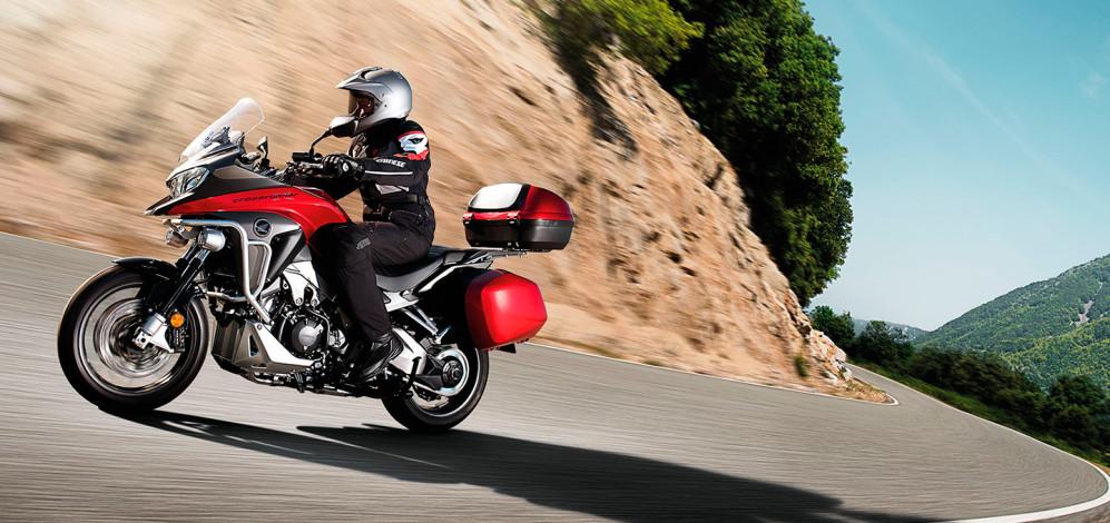 moto-honda-vfr-800-imagenes