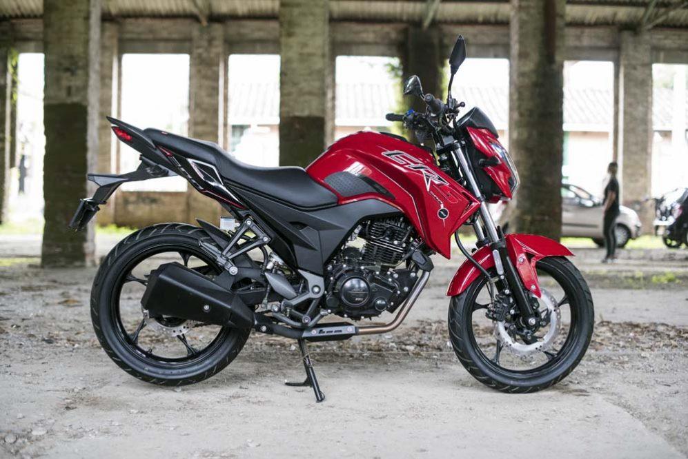 Vista moto akt cr5 200